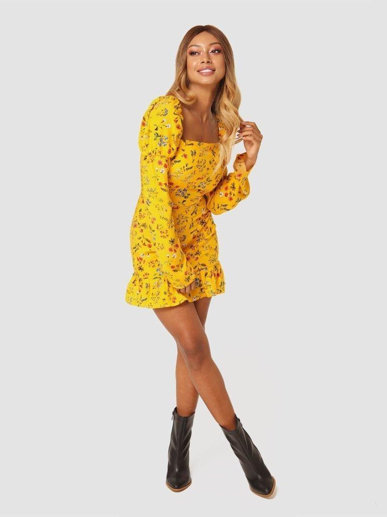 Żółta sukienka mini w kwiaty z falbanką Love&Live (zdjęcie 2)