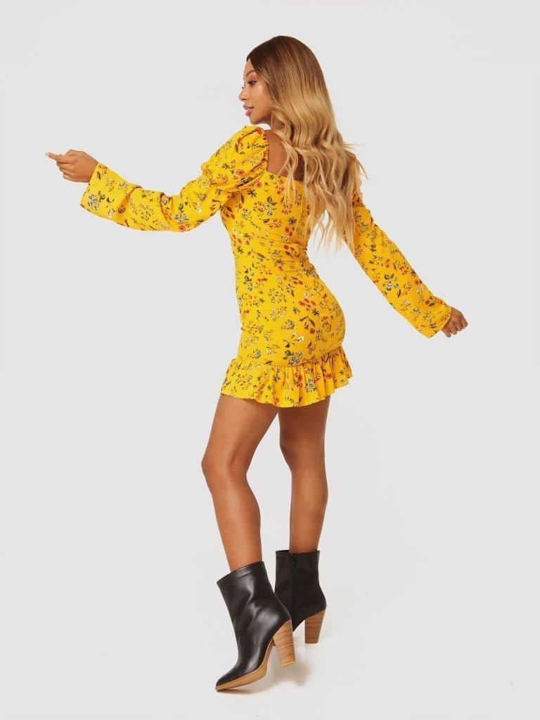 Żółta sukienka mini w kwiaty z falbanką Love&Live (zdjęcie 3)