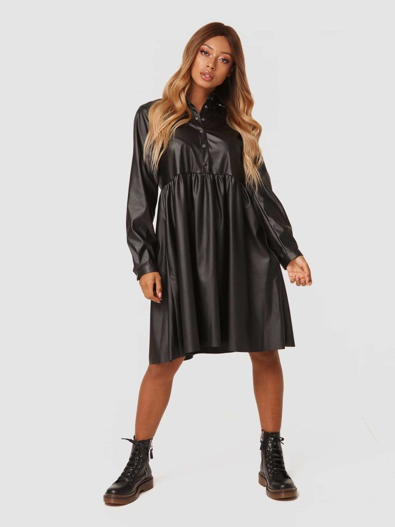 Sukienka midi z czarnej ekoskóry Katarina Ivanenko