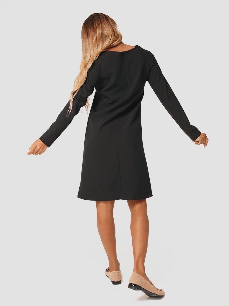 Trapezowa sukienka mini w kolorze czarnym Katarina Ivanenko (zdjęcie 5)