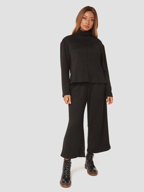 Czarny zestaw z angory (sweter, spodnie) Katarina Ivanenko