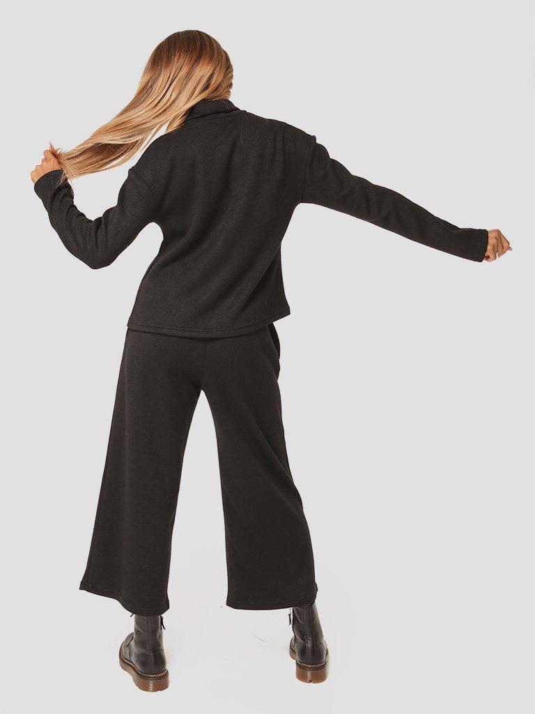 Czarny zestaw z angory (sweter, spodnie) Katarina Ivanenko (zdjęcie 5)