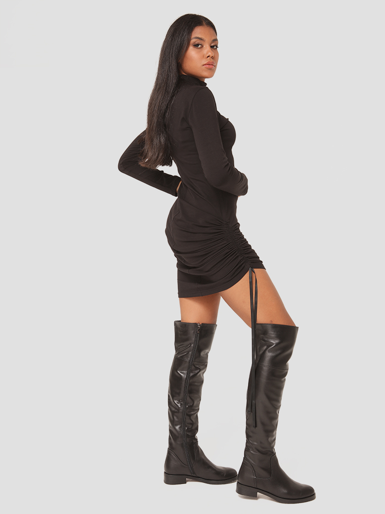 Sukienka mini ze ściągaczem w kolorze czarnym Katarina Ivanenko