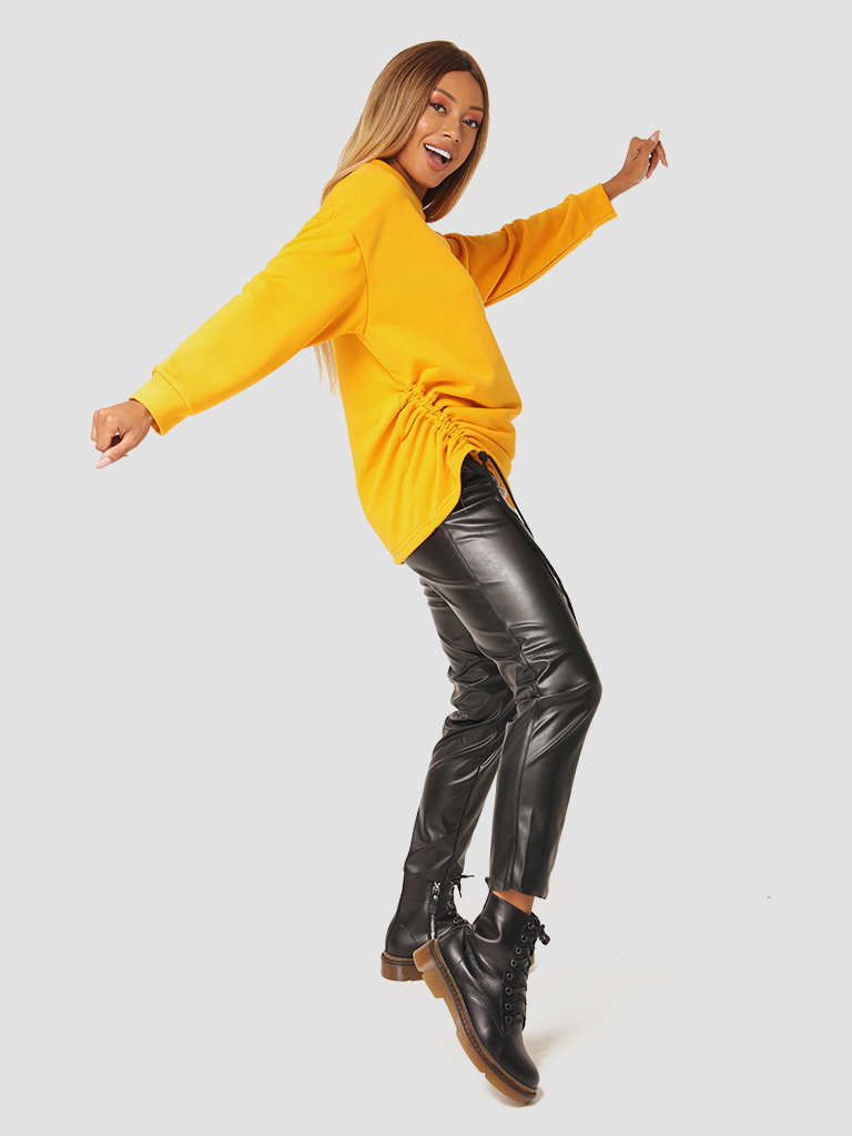 Sweter w kolorze musztardowym ze ściągaczem Katarina Ivanenko (zdjęcie 3)