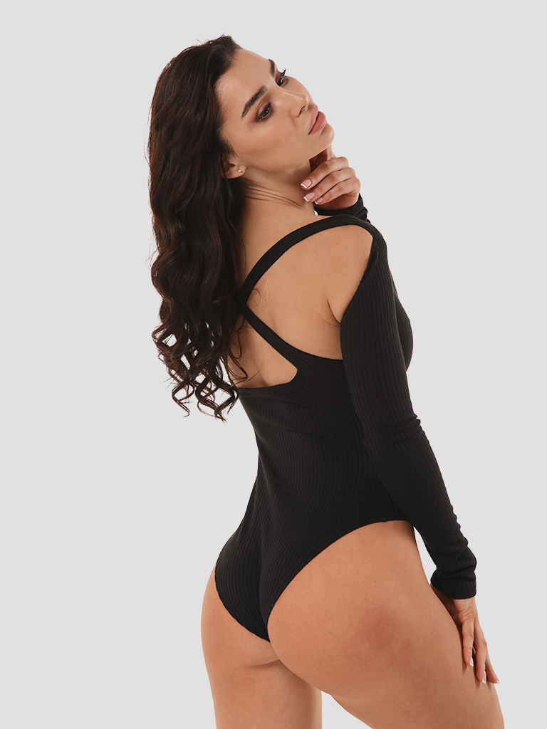 Body w kolorze czarnym z odkytymi plecami Katarina Ivanenko