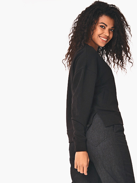 Bluza czarna o asymetrycznym kroju Katarina Ivanenko