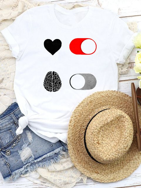 T-shirt biały Heart turn on, brain turn off Katarina Ivanenko