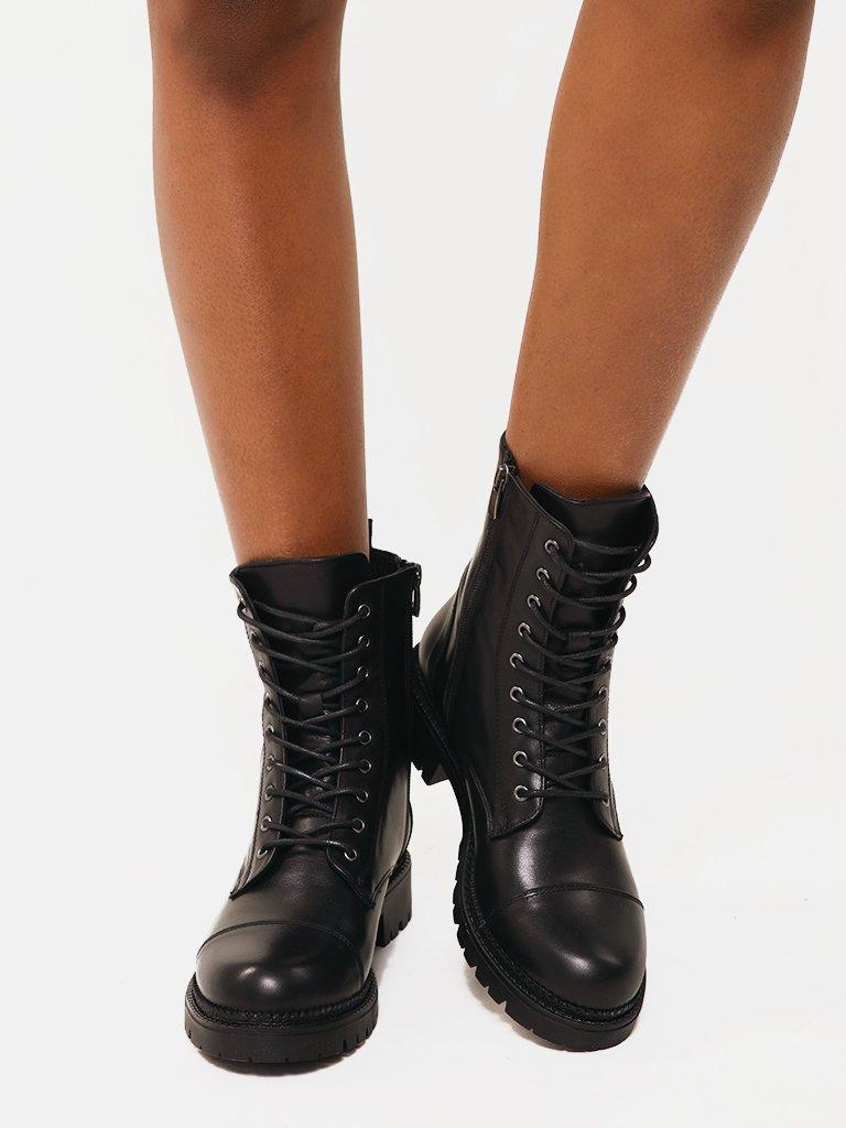Сzarne skórzane buty ze sznurowadłami Love&Live (zdjęcie 2)