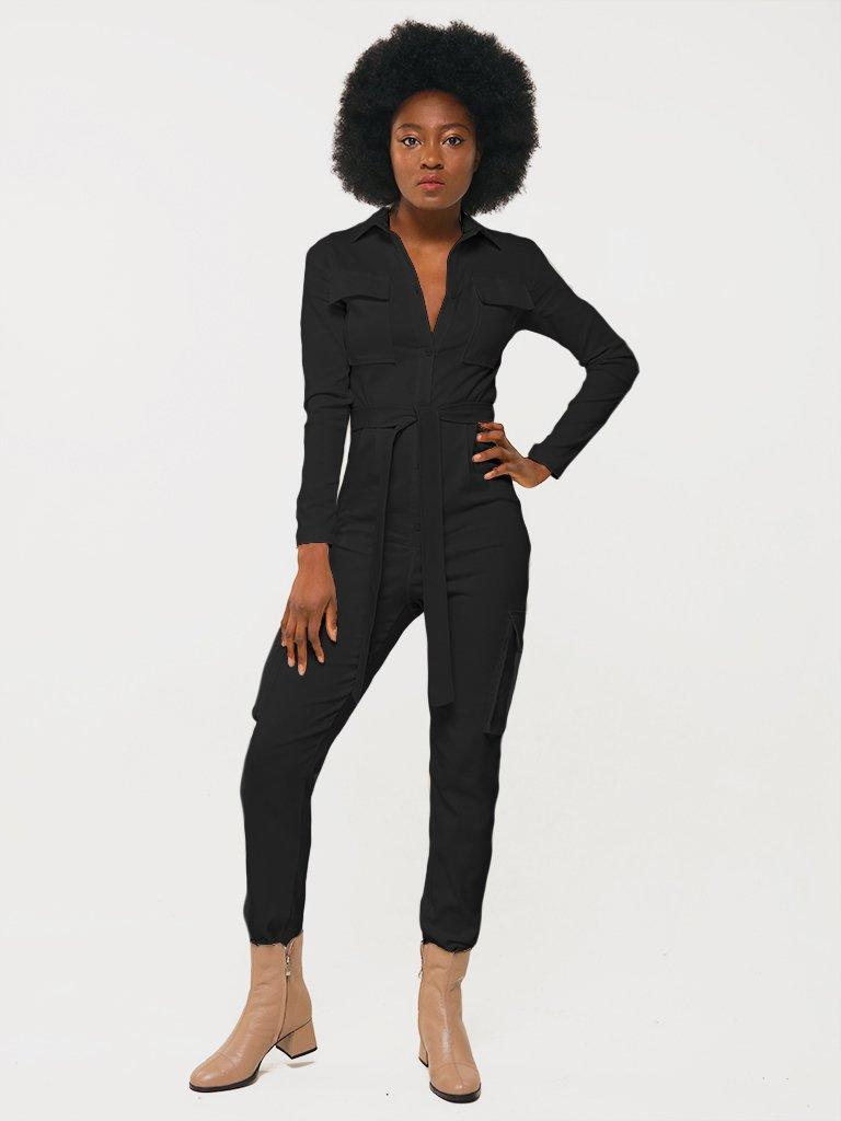 Kombinezon w kolorze czarnym z kieszeniami na piersi i spodniach Katarina Ivanenko