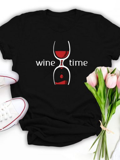 T-shirt czarny Wine Time Katarina Ivanenko