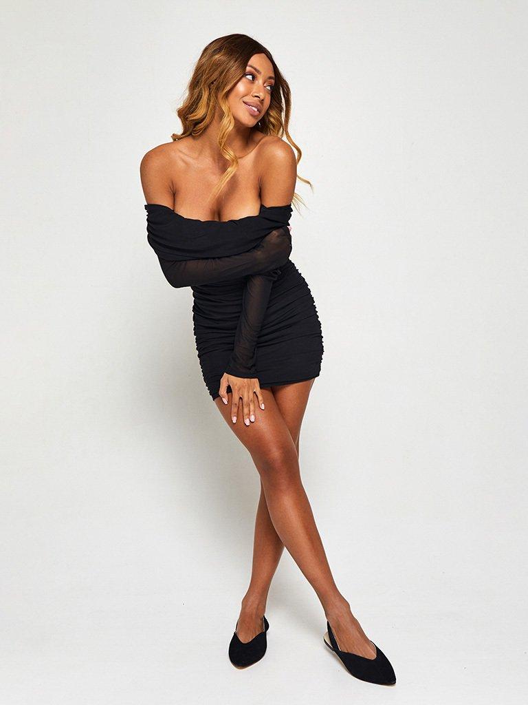 Sukienka w kolorze czarnym z siateczką i odkrytymi plecami Love&Live (zdjęcie 4)