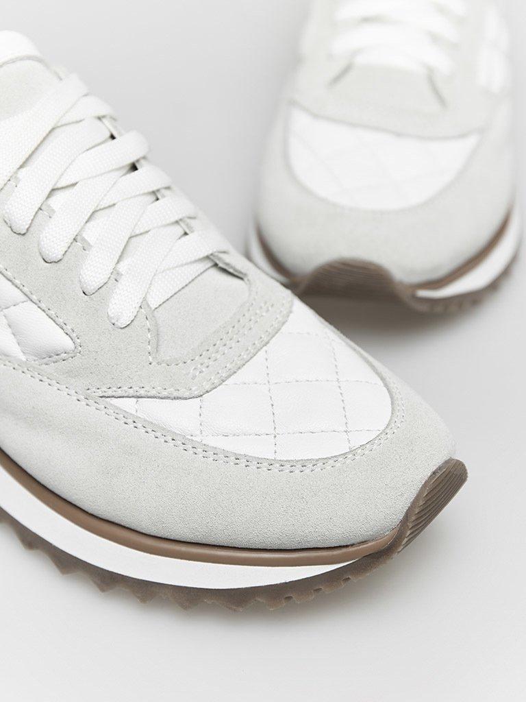 Buty sportowe pikowane w kolorze szaro-beżowe Love&Live (zdjęcie 2)