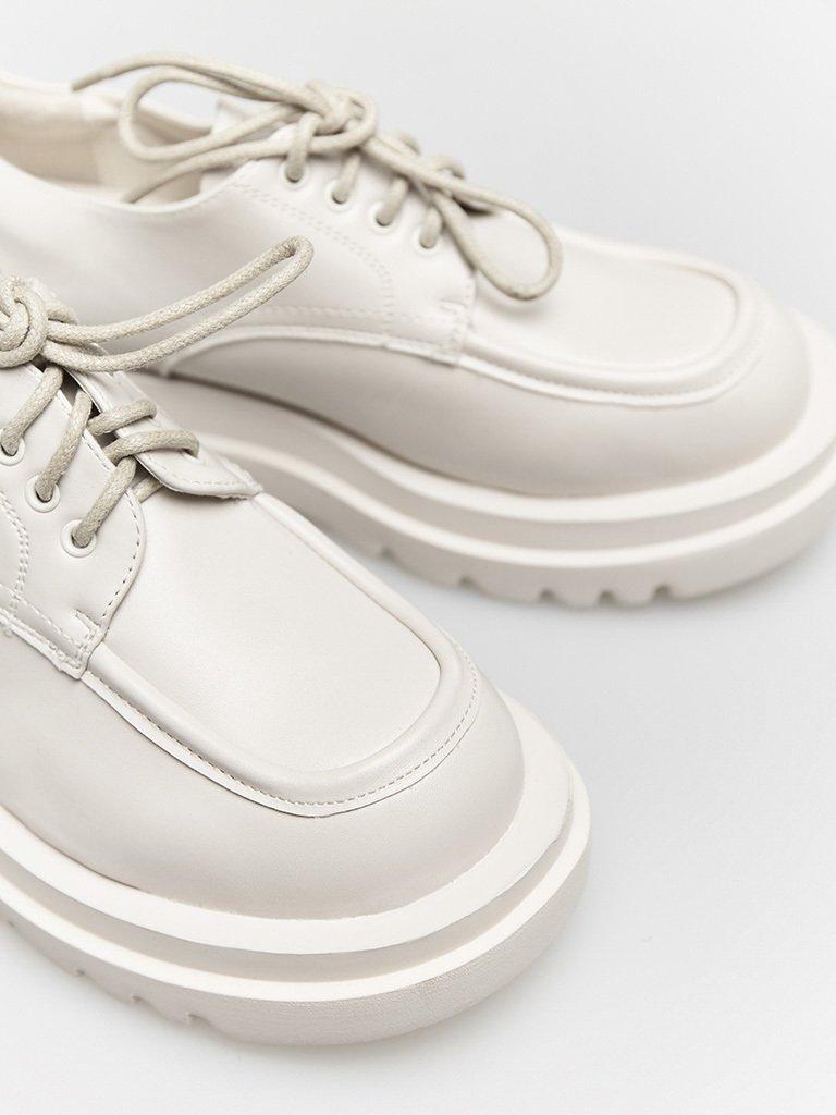 Białe buty na grubej podeszwie ze sznurówkami ZUZU (zdjęcie 2)
