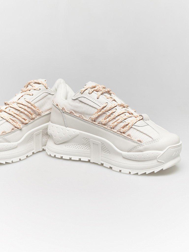 Białe buty sportowe z kontrastowymi sznurówkami ZUZU (zdjęcie 2)