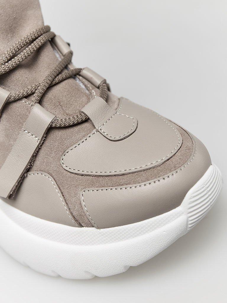 Buty sportowe kombinowane na wysokiej podeszwie w kolorze kawy z mlekiem Love&Live (zdjęcie 2)