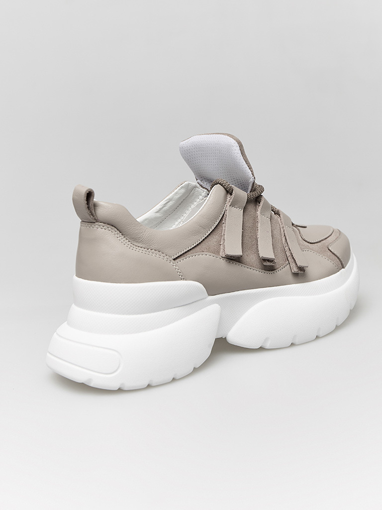 Buty sportowe kombinowane na wysokiej podeszwie w kolorze kawy z mlekiem Love&Live (zdjęcie 4)