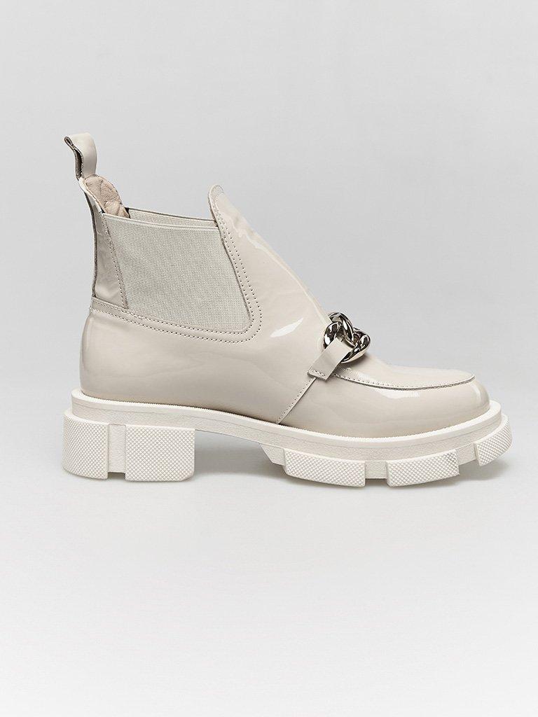 Lakierowane buty w kolorze szaro-beżowym na grubej podeszwie Love&Live (zdjęcie 3)