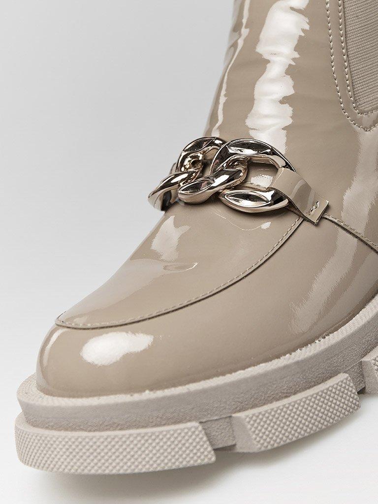 Lakierowane buty w kolorze kawy z mlekiem na grubej podeszwie Love&Live (zdjęcie 2)