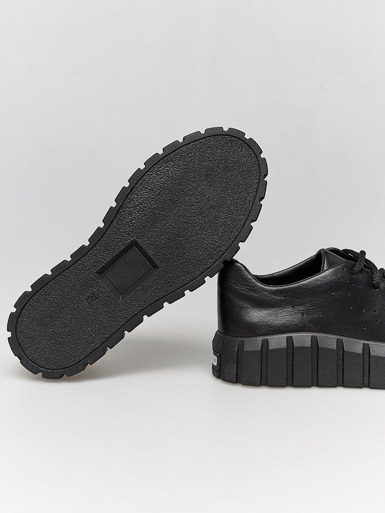 Czarne skórzane buty sportowe z grubą podeszwą Love&Live (zdjęcie 4)