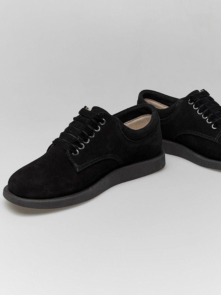Zamszowe buty w kolorze czarnym na płaskiej podeszwie Love&Live (zdjęcie 4)