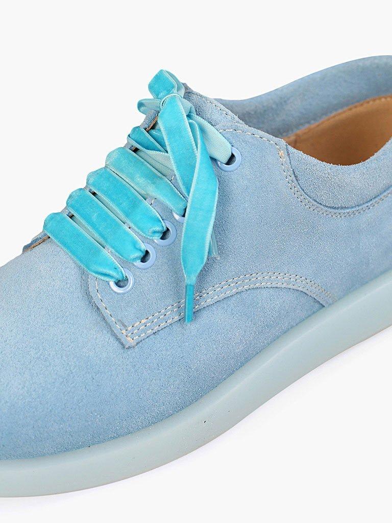 Zamszowe buty w kolorze błękitnym na płaskiej podeszwie Love&Live (zdjęcie 2)