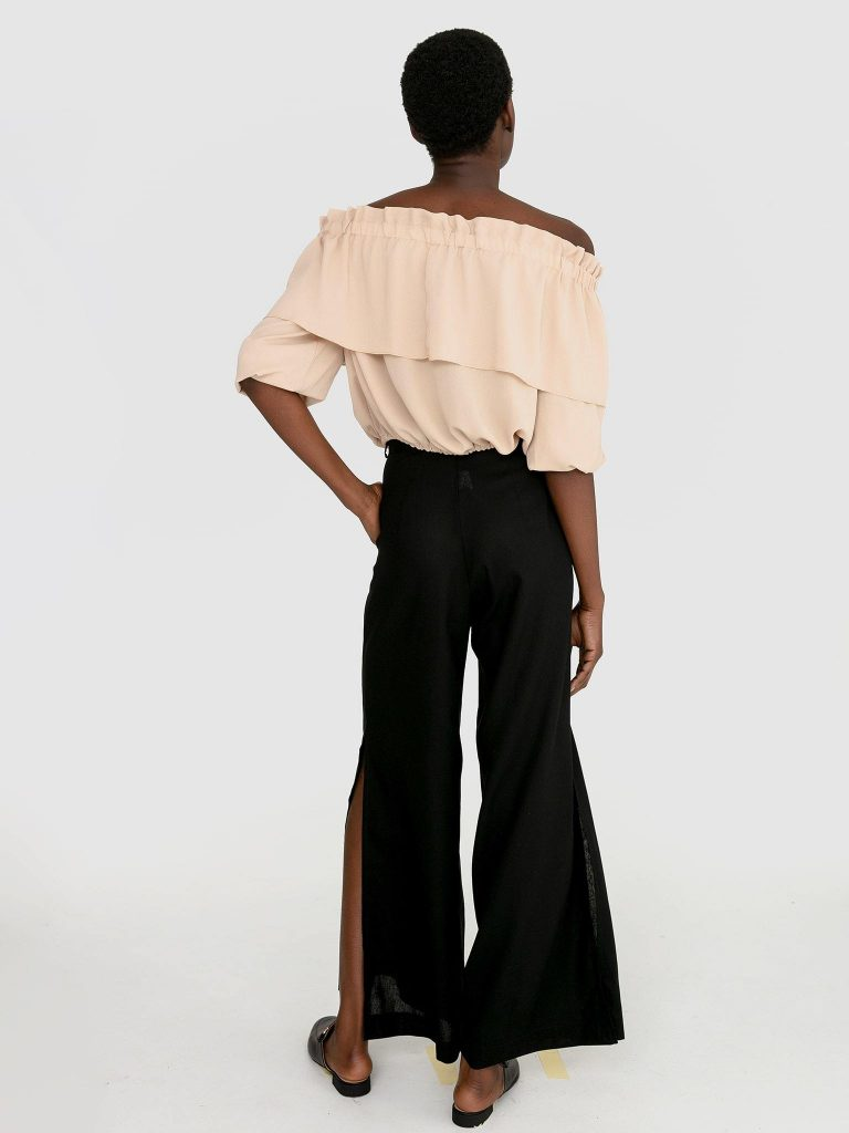 Szerokie spodnie lniane w kolorze czarnym Katarina Ivanenko