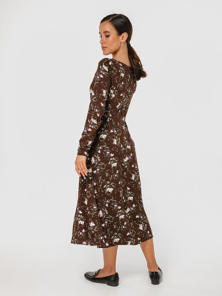 Sukienka midi brązowa w kwiatowy print z rozcięciem Love&Live (zdjęcie 3)