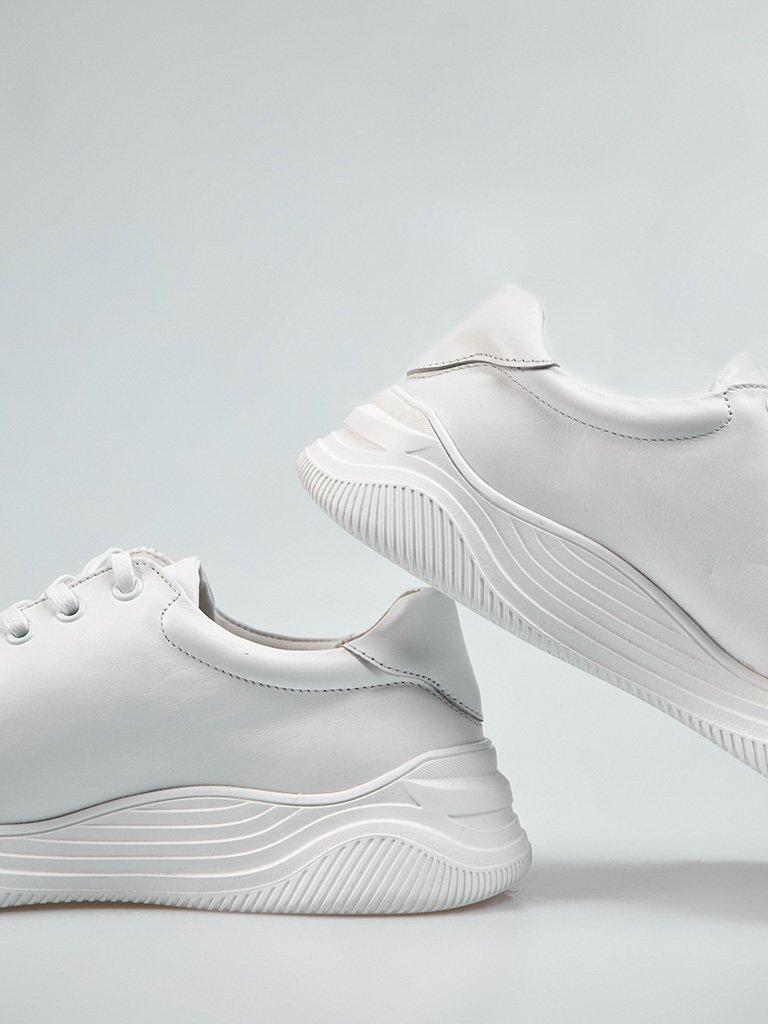 Buty męskie sportowe ze skóry w kolorze białym na obszernej podeszwie Love&Live (zdjęcie 4)