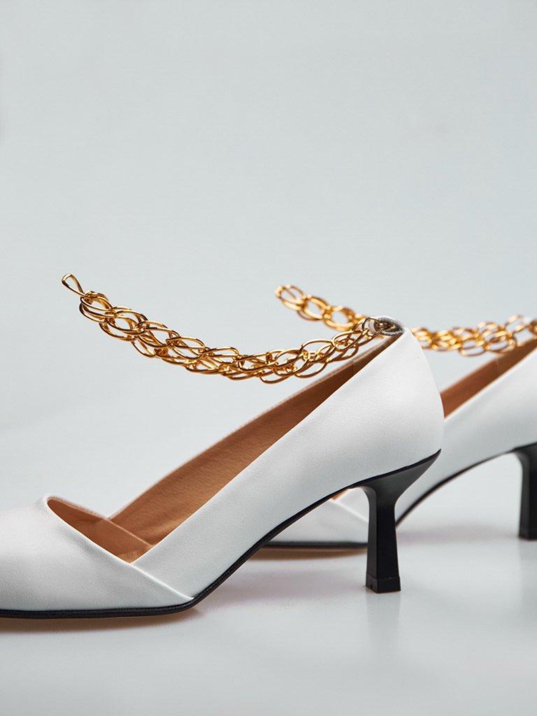 Białe skórzane buty na średnim obcasie z dekoracją Love&Live (zdjęcie 3)