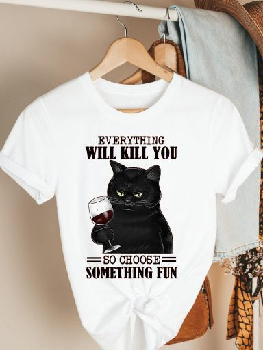 T-shirt biały Everything will kill you Katarina Ivanenko