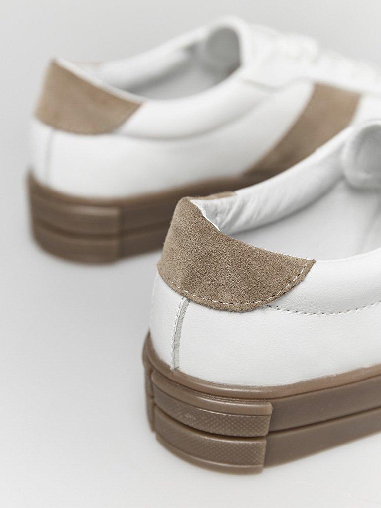 Białe skórzane trampki z zamszowymi beżowymi wstawkami Love&Live (zdjęcie 3)