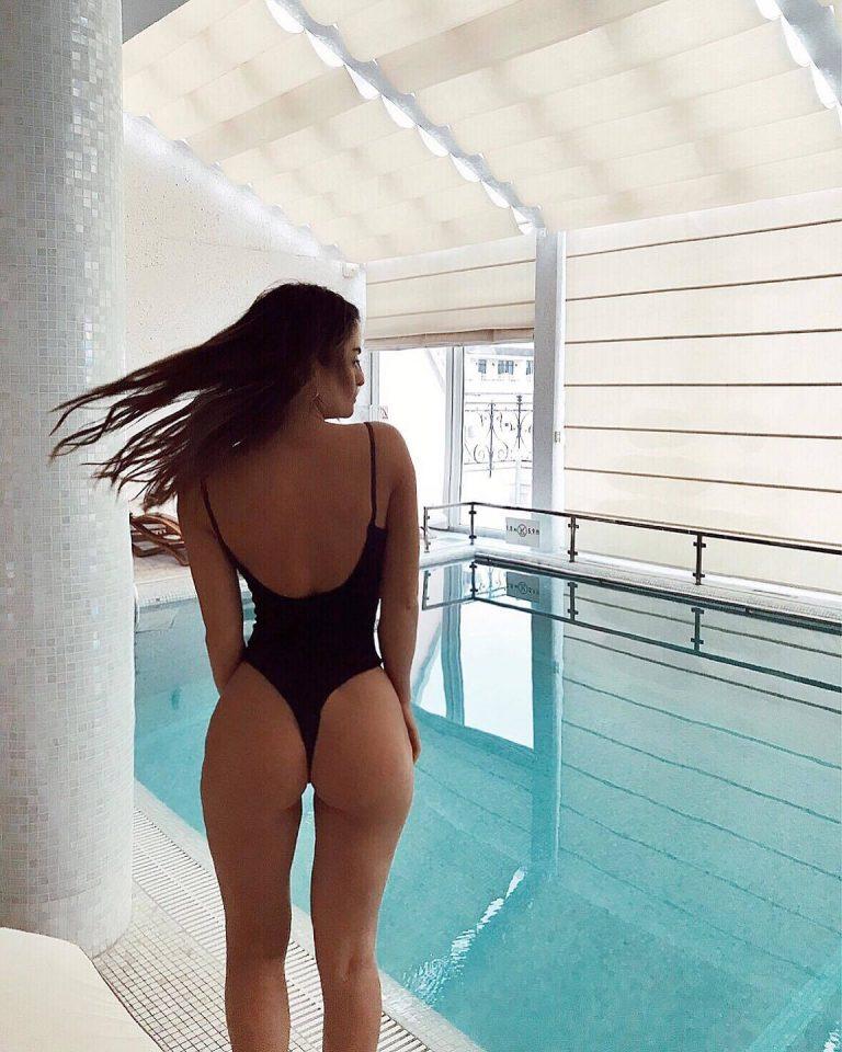 Body strój kąpielowy czarny na cienkich ramiączkach PURE (zdjęcie 2)