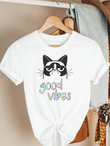 T-shirt biały Cat vibes Katarina Ivanenko