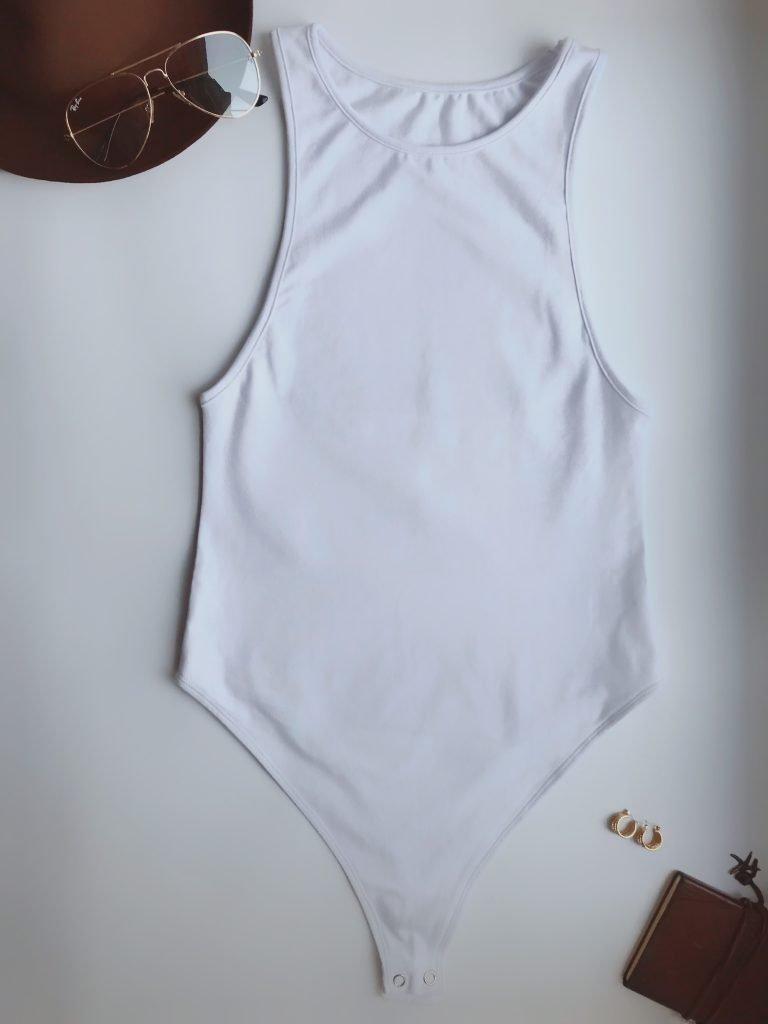Body w kolorze białym z dekoltem typu halter PURE (zdjęcie 4)