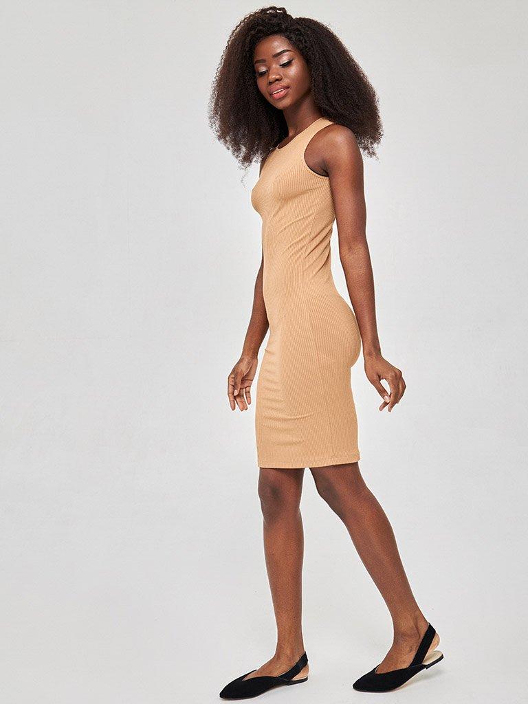 Sukienka mini w kolorze beżowym Love&Live