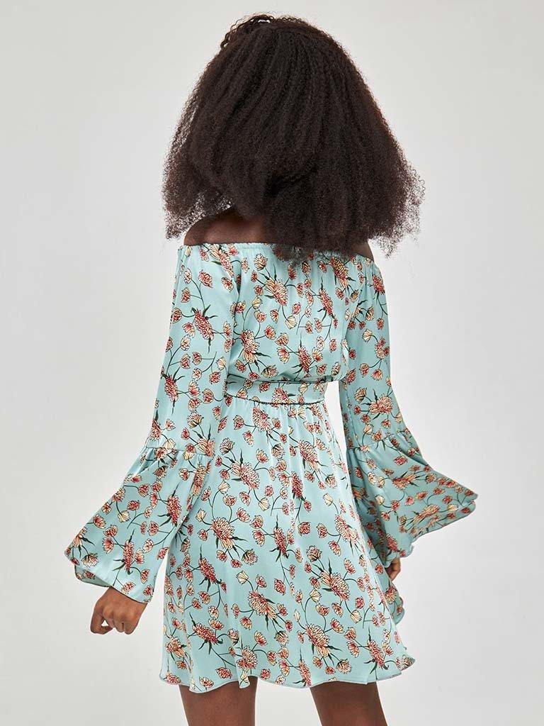 Miętowa sukienka mini z odkrytymi ramionami w kwiatowy wzór Katarina Ivanenko