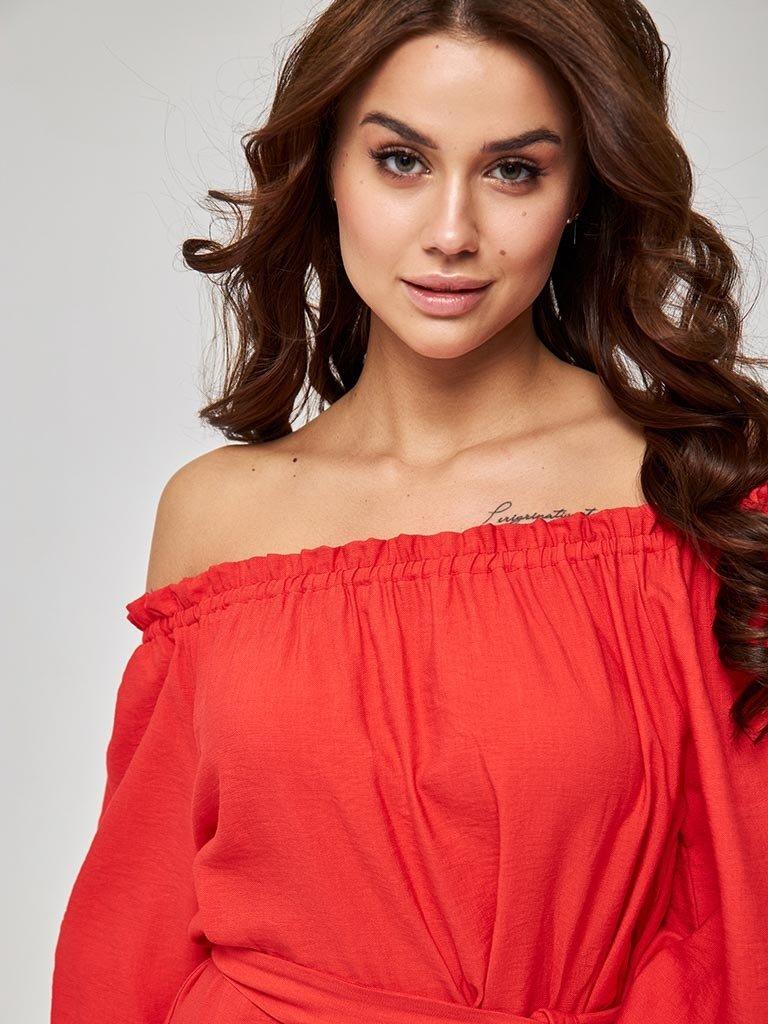 Koralowa sukienka mini z odkrytymi ramionami Katarina Ivanenko (zdjęcie 2)