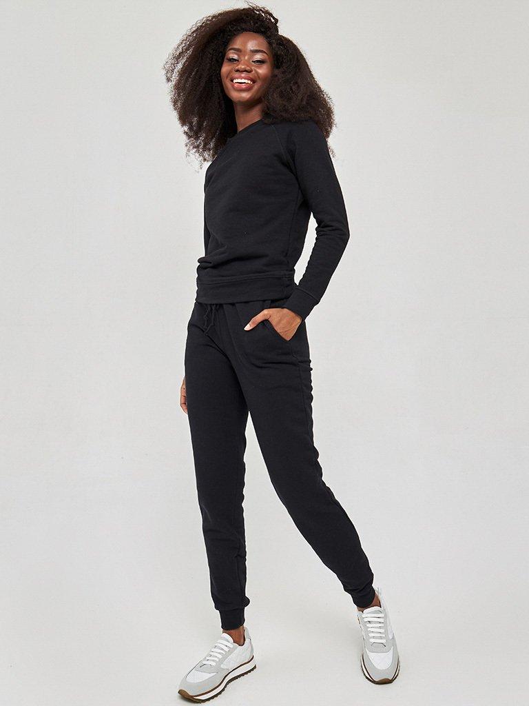 Bluza o skróconym fasonie w kolorze czarnym Love&Live (zdjęcie 3)