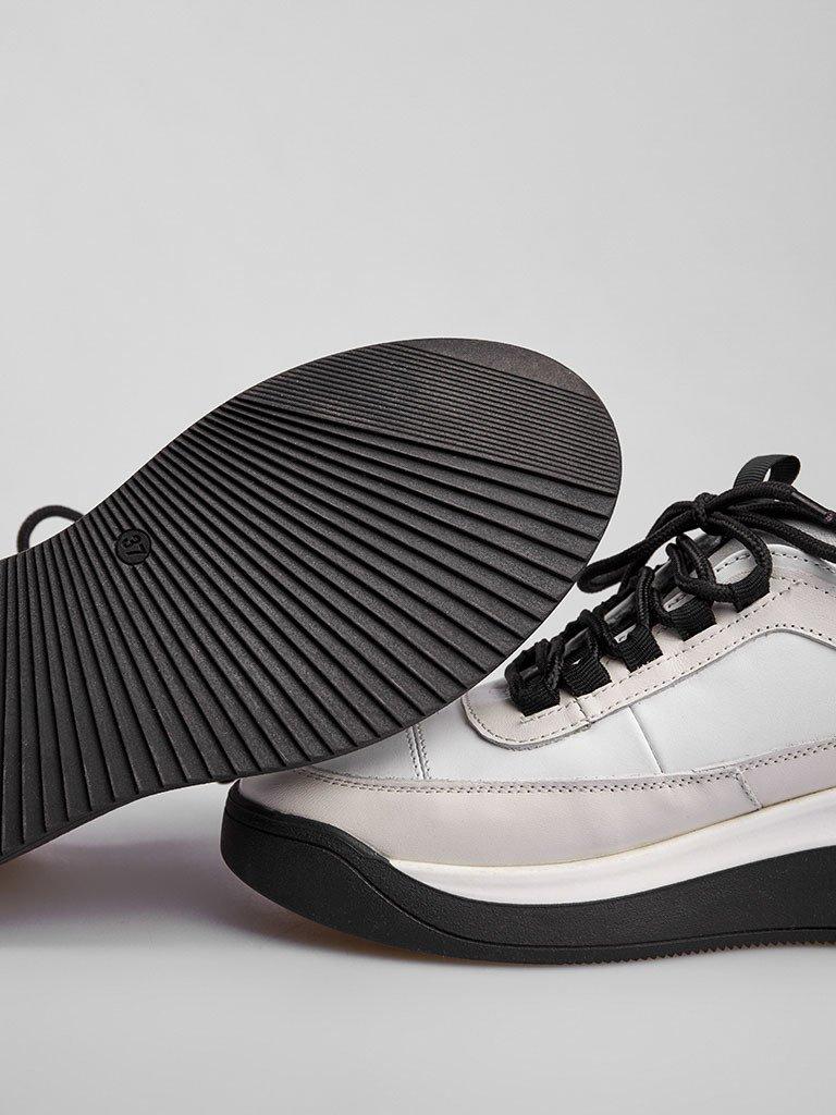 Buty sportowe ze skóry w kolorze białym z ozdobnymi szwami Love&Live (zdjęcie 4)
