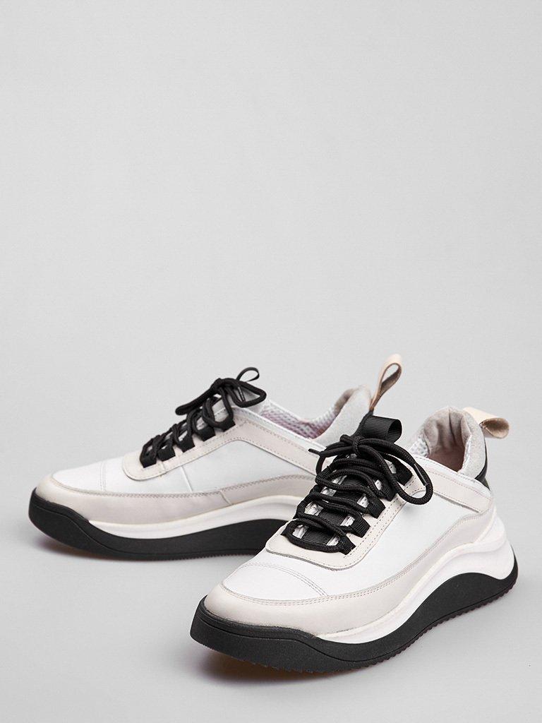 Buty sportowe ze skóry w kolorze białym z ozdobnymi szwami Love&Live