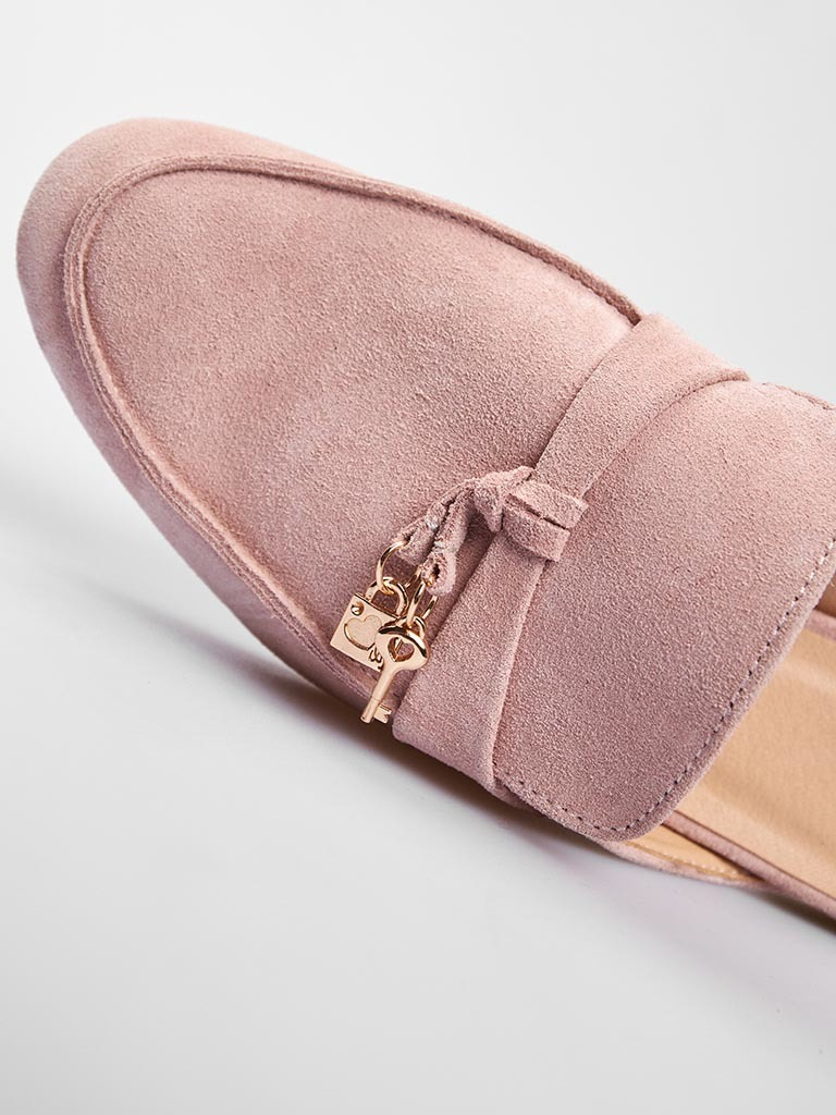 Zamszowe klapki typu mules w kolorze różowym Love&Live (zdjęcie 2)