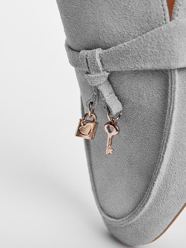 Zamszowe klapki typu mules w kolorze szarym Love&Live (zdjęcie 2)