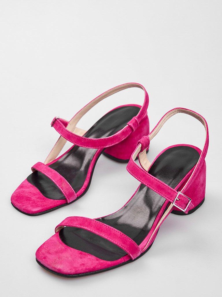 Malinowe zamszowe sandały z paskami na średnim obcasie Katarina Ivanenko (zdjęcie 2)