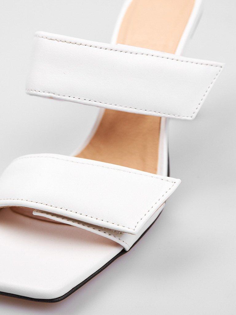 Białe skórzane sandały na obcasie zapinane na rzepy Love&Live (zdjęcie 4)