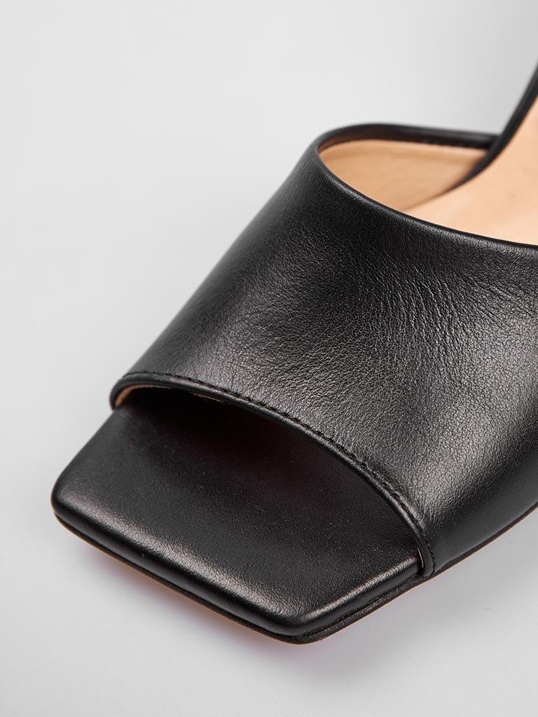Sandały basic ze skóry w kolorze czarnym na średnim obcasie Love&Live (zdjęcie 4)