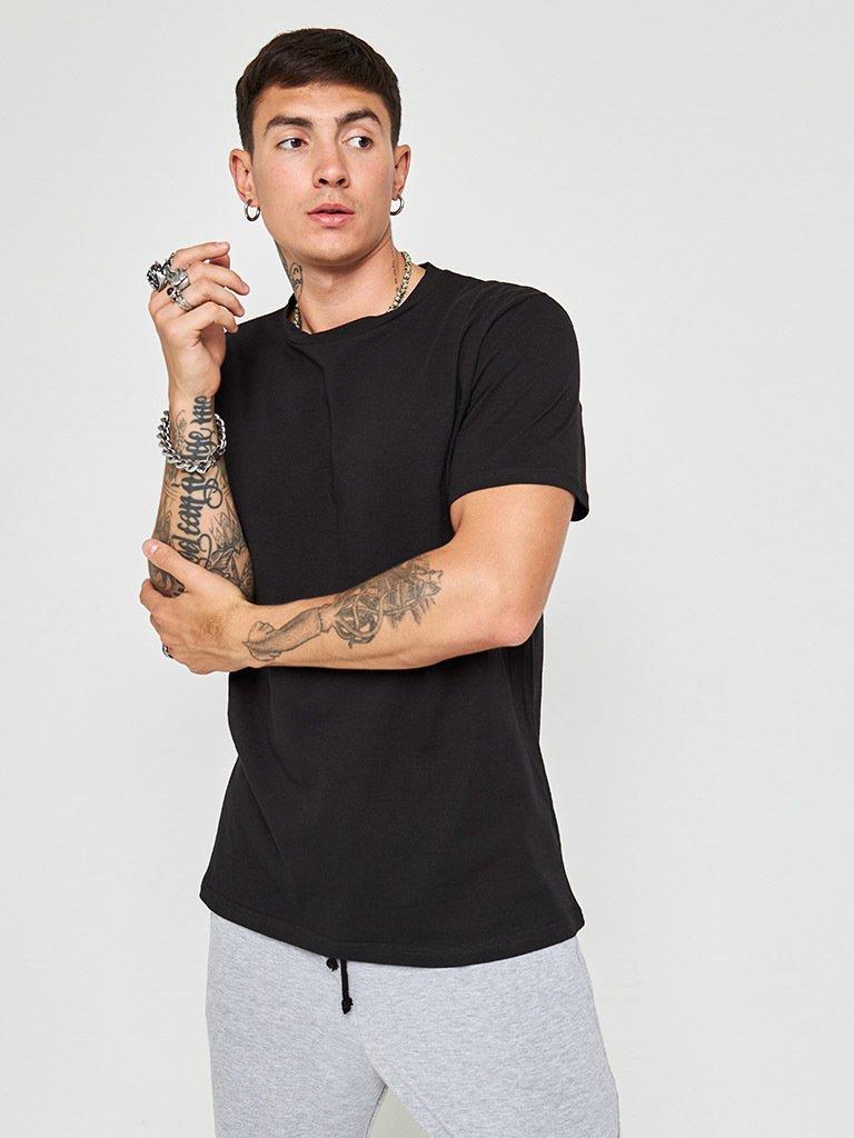 Czarny t-shirt męski z okrągłym dekoltem ZUZU
